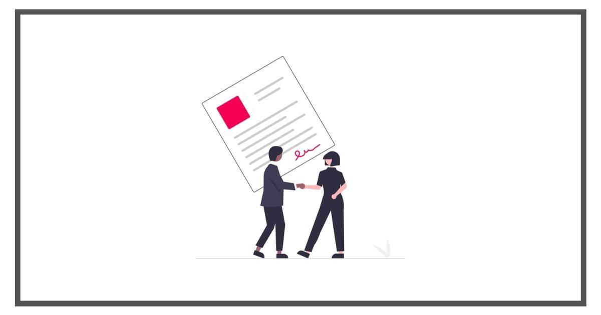 書類の契約をしている男女